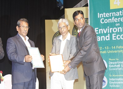 Mr. Praveen Kumar V Research Scholar Dept. of Geology has been honoured with Junior Scientist Award of 2017 for his research on the Earth and Environment. The award was conferred by International Foundation of Environment and Ecology (IFEE), Kolkata, at the Fourth International Seminar held at Guwahati University.
